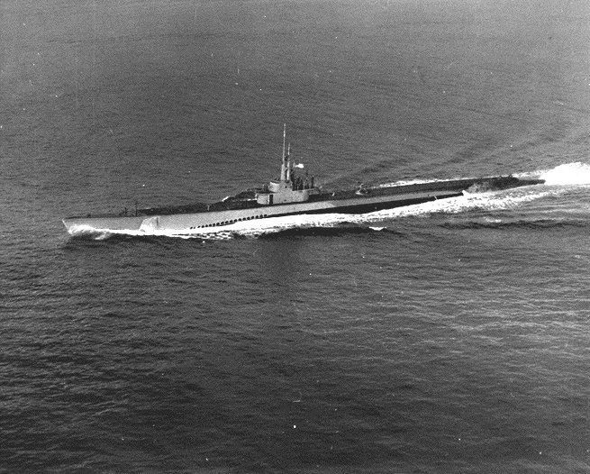 Dumlupınar denizaltısı İsveç gemisiyle çarpışarak battı